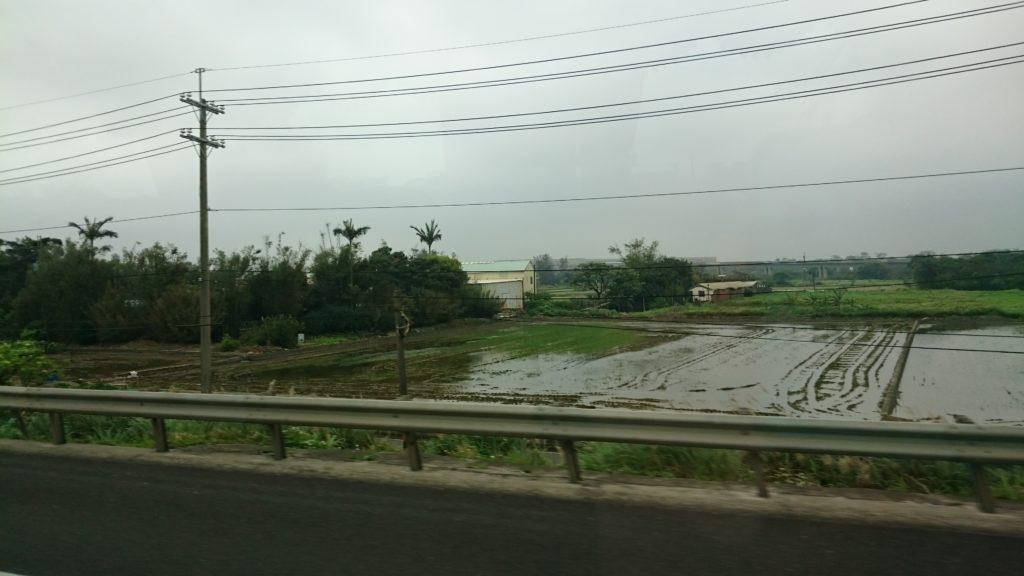桃園国際空港リムジンバスからの景色